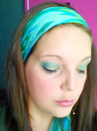 make up yeux fermés