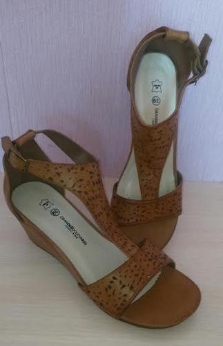 chaussures de face