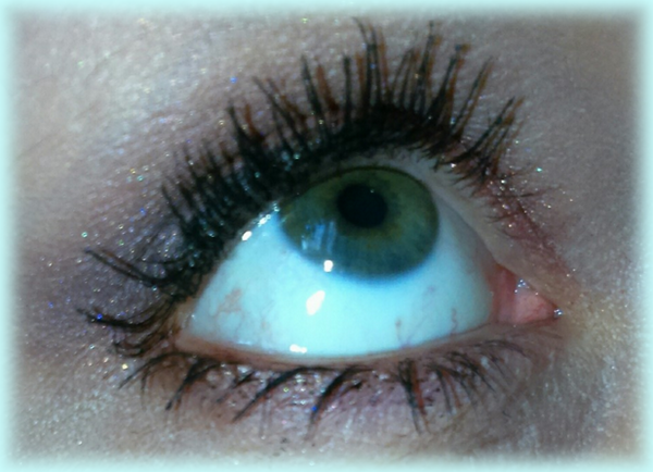 make-up nude yeux