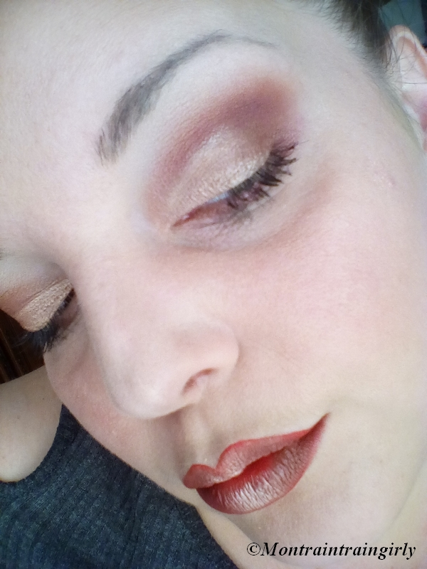 make-up ABH gold and red