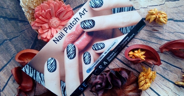 sephora nail patch art packaging
