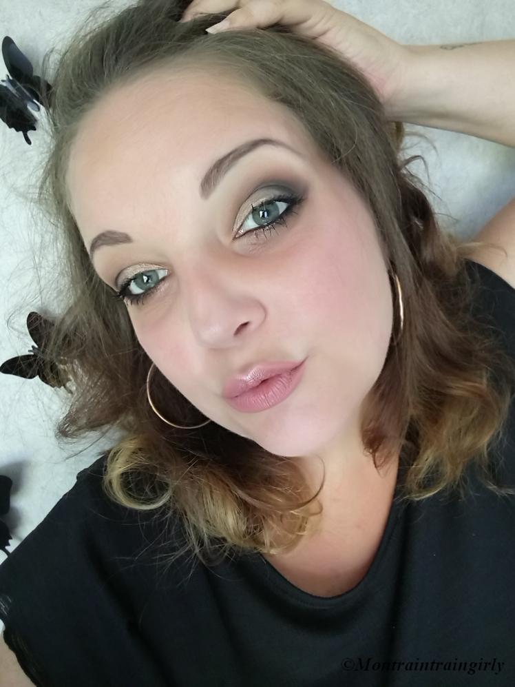 make-up icon mini smoky eyes